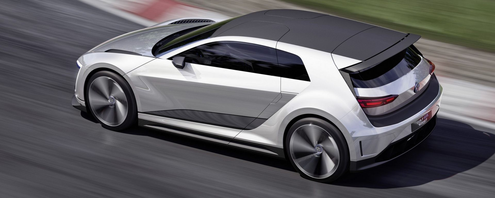 Volkswagen Golf 8: sarà microibrida
