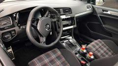 Volkswagen Golf 8, arriva nel 2019. Ecco le prime foto spia. - Immagine: 5