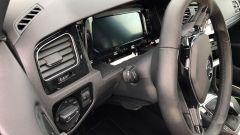 """Volkswagen Golf 8: nuove foto """"rubate"""" - Immagine: 14"""