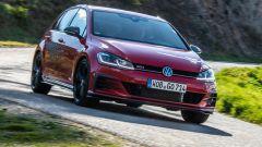 """Volkswagen Golf 8: nuove foto """"rubate"""" - Immagine: 21"""