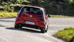"""Volkswagen Golf 8: nuove foto """"rubate"""" - Immagine: 22"""