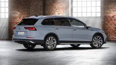 Volkswagen Golf Alltrack: visuale di 3/4 posteriore