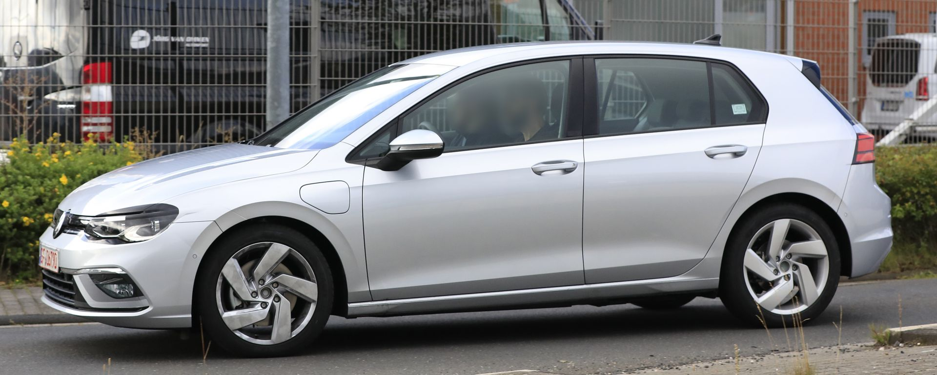 Volkswagen Golf GTE 2020: vista laterale