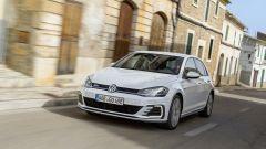 Volkswagen Golf GTE restyling: in media si percorrono più di 18 km con un litro di benzina