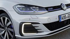 Volkswagen Golf GTE restyling: la caratterizzazione estetica è sportiva