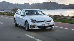 Volkswagen Golf GTE restyling: prova, dotazioni, prezzi - Immagine: 1