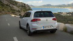 Volkswagen Golf GTE restyling: le batterie sono al litio e sistemate sotto il pianale