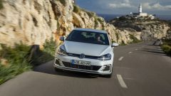 Volkswagen Golf GTE restyling: lo 0-100 si risolve in 7,6 secondi