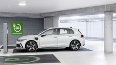 Volkswagen Golf GTE: visuale laterale
