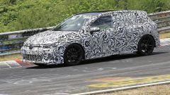 Volkswagen Golf GTI 2020, pneumatici ribassati