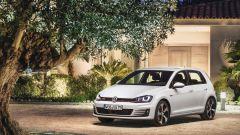 Volkswagen Golf GTI: ecco quanto costa - Immagine: 6