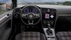 Volkswagen Golf GTI: la plancia