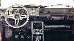 Volkswagen Golf GTI Mk I: gli interni