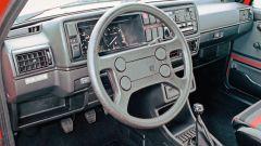 Volkswagen Golf GTI Mk II: gli interni