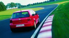 Volkswagen Golf GTI Mk IV: visuale di 3/4 posteriore
