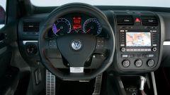 Volkswagen Golf GTI Mk V: gli interni