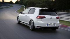 Volkswagen Golf GTI Mk VII Clubsport: visuale di 3/4 posteriore