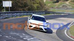 Volkswagen Golf R 2020, il frontale