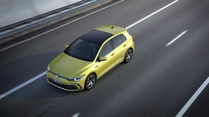 Volkswagen Golf R-Line: visuale dall'alto