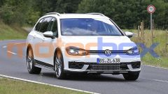 Volkswagen Golf R Variant 2021: il paraurti del modello GTx è evidente