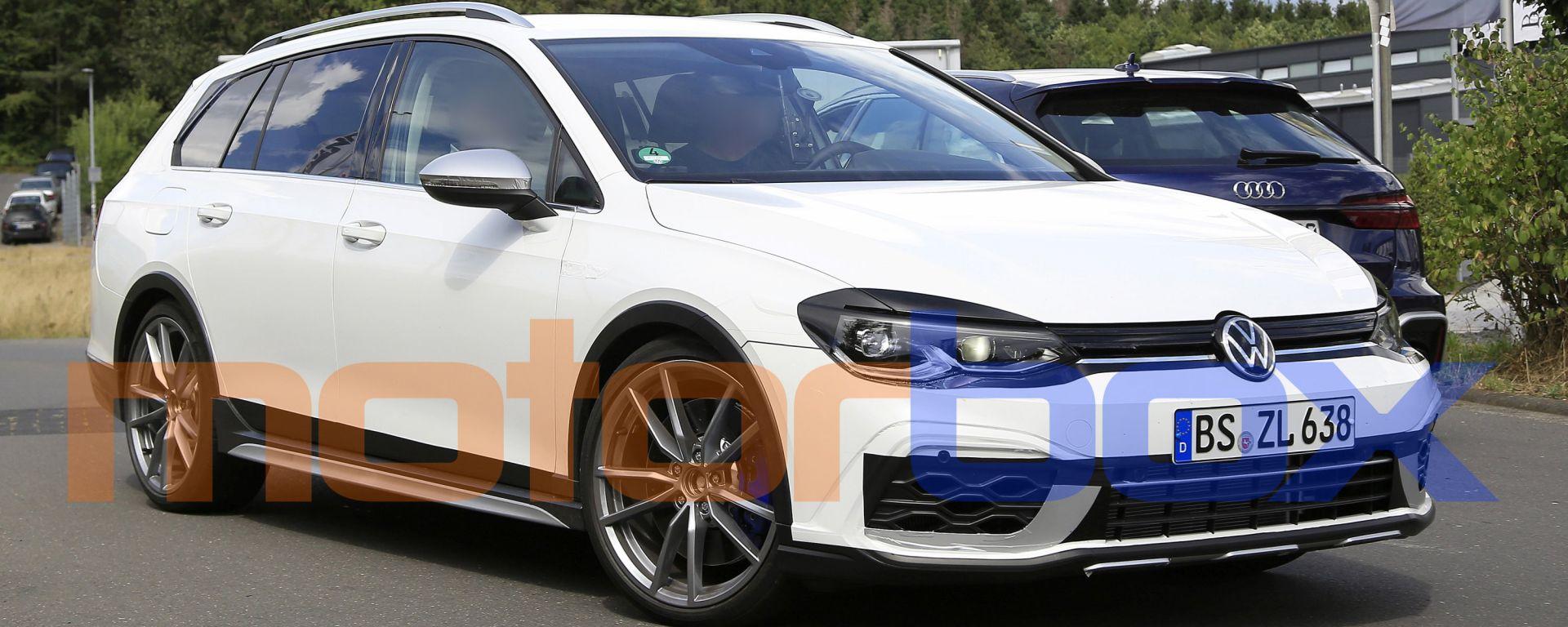 Volkswagen Golf R Variant 2021: le foto spia