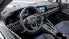 Volkswagen Golf R Variant: il volante