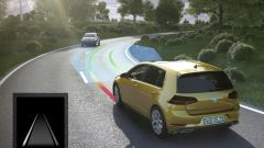 Volkswagen Golf restyling: disponibile anche il lane keep assist