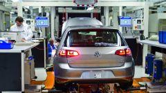 Volkswagen Golf: sospesa la produzione per una settimana - Immagine: 2