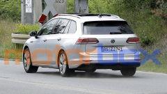 Volkswagen Golf Variant 2021: visuale posteriore