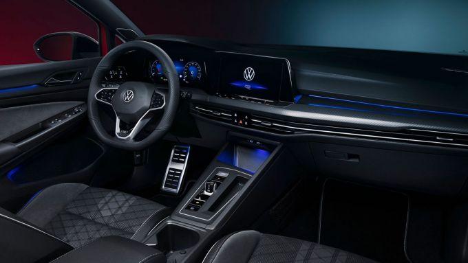 Volkswagen Golf Variant: gli interni