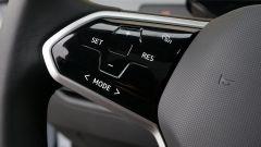 Volkswagen ID.3, i comandi del cruise control sulla razza sinistra del volante
