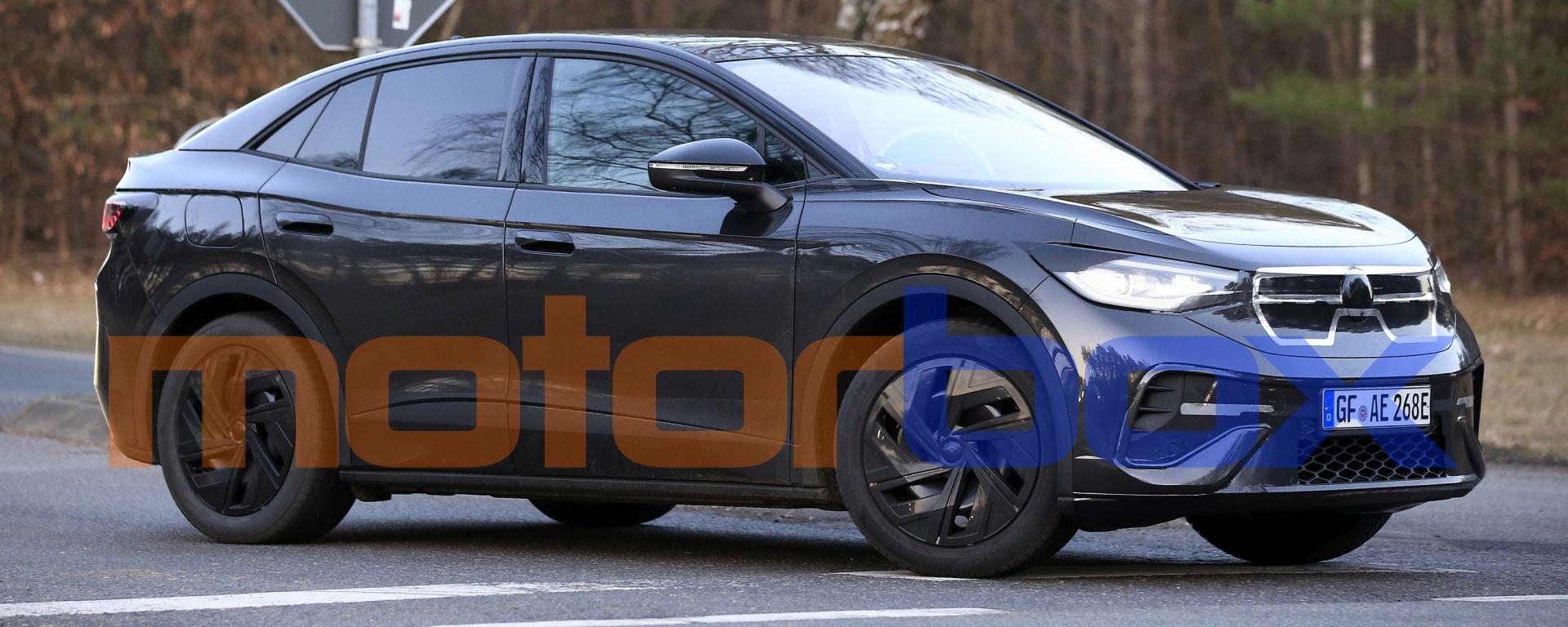 Volkswagen ID.4 GTX: visuale di 3/4 anteriore