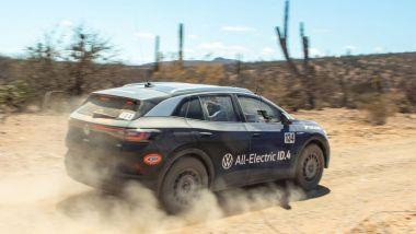 Volkswagen ID.4 Norra Mexican 1000: il SUV elettrico durante la gara