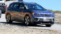 Volkswagen ID.6: il prototipo pizzicato sulle alpi austriache
