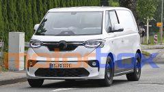 Volkswagen ID.Buzz 2022: visuale di 3/4 anteriore