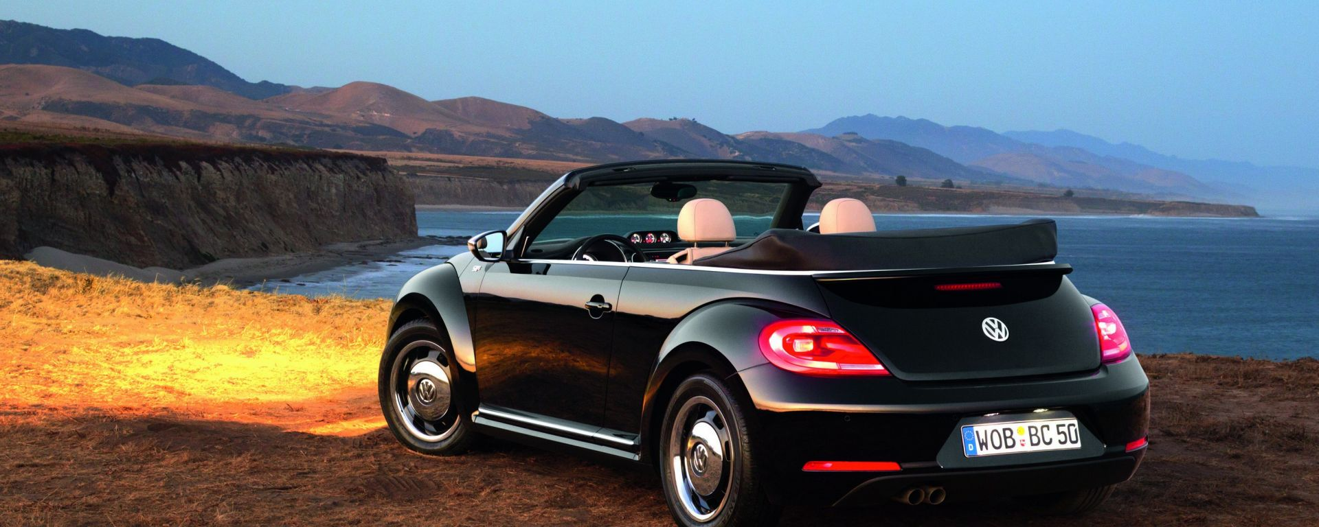 Volkswagen Maggiolino Cabrio, nuove foto, video e info