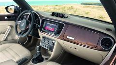 Volkswagen Maggiolino Cabrio, nuove foto, video e info - Immagine: 17