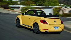 Volkswagen Maggiolino Cabrio, nuove foto, video e info - Immagine: 23