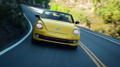 Volkswagen Maggiolino Cabrio, nuove foto, video e info - Immagine: 18