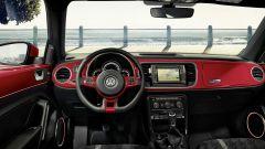 Volkswagen Maggiolino: col model year 2017 l'abitacolo presenta nuovi dettagli colorati