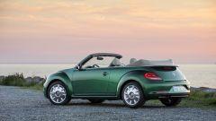 Volkswagen Maggiolino: il model year 2017 presenta nuovi cerchi in lega da 17 e 18 pollici