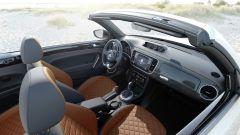 Volkswagen Maggiolino: l'allestimento Exclusive ha una speciale pelle che non si scalda col sole