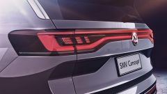 Volkswagen maxi SUV EV: i fari posteriori a LED si distendono per tutta la larghezza