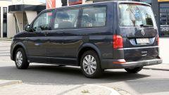 Volkswagen T7: come cambiano Multivan, Transporter e Bus 2020 - Immagine: 13