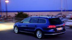 Volkswagen Passat 2011 - Immagine: 12