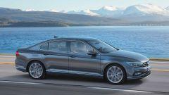 Volkswagen Passat 2019: eccola, con Diesel più ecologici - Immagine: 13