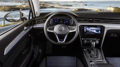 Volkswagen Passat GTE: l'abitacolo