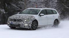 Volkswagen Passat Variant 2019: spiata la Wagon restyling - Immagine: 1