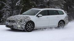 Volkswagen Passat Variant 2019: spiata la Wagon restyling - Immagine: 5