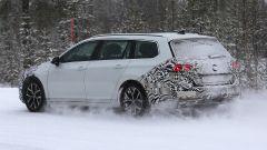 Volkswagen Passat Variant 2019: spiata la Wagon restyling - Immagine: 9